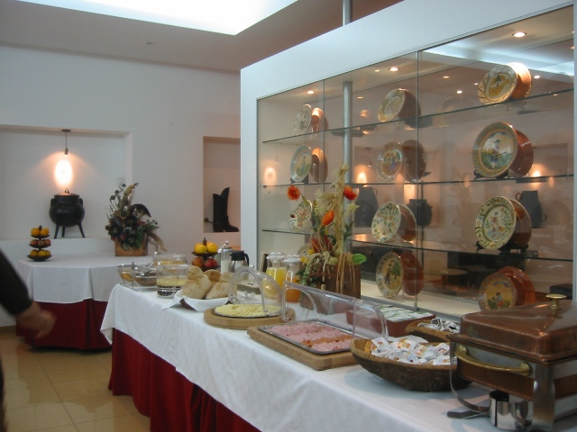http://www.hotelresb2b.com/images/hoteles/68981_foto6_peq_alm.JPG