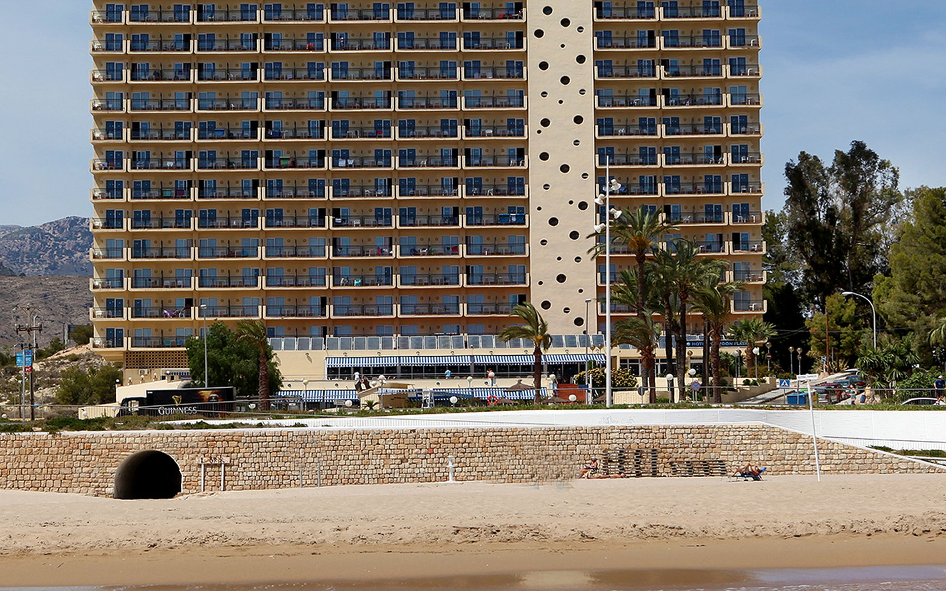 HOTEL POSEIDÓN PLAYA - Hotel cerca del Parque Temático Terra Mítica