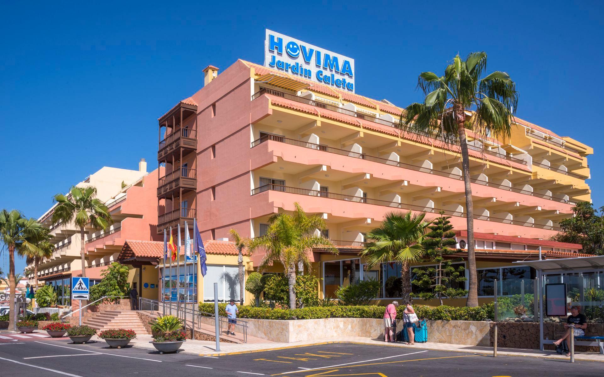 Hoteles cerca de golf costa adeje en tenerife for Apartamentos hovima jardin caleta