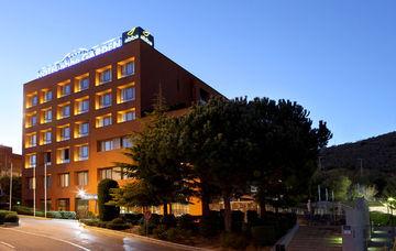 ABBA GARDEN - Hotel cerca del Camp Nou