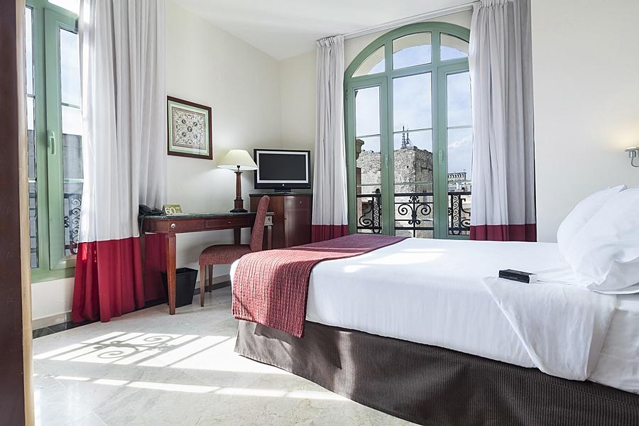 EXE LAIETANA PALACE - Hotel cerca del Restaurante Zarabanda