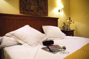 HOTEL CASONA DE LA REYNA HOSPEDERIA - Hotel cerca del Plaza de Toros de Toledo