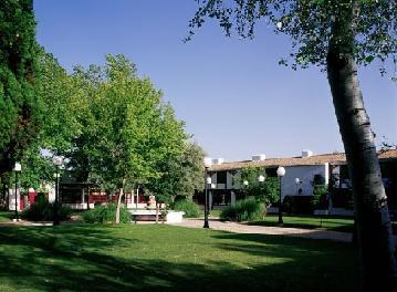 PARADOR CIVIA DE ALBACETE - Hotel cerca del Aeropuerto de Albacete Los Llanos