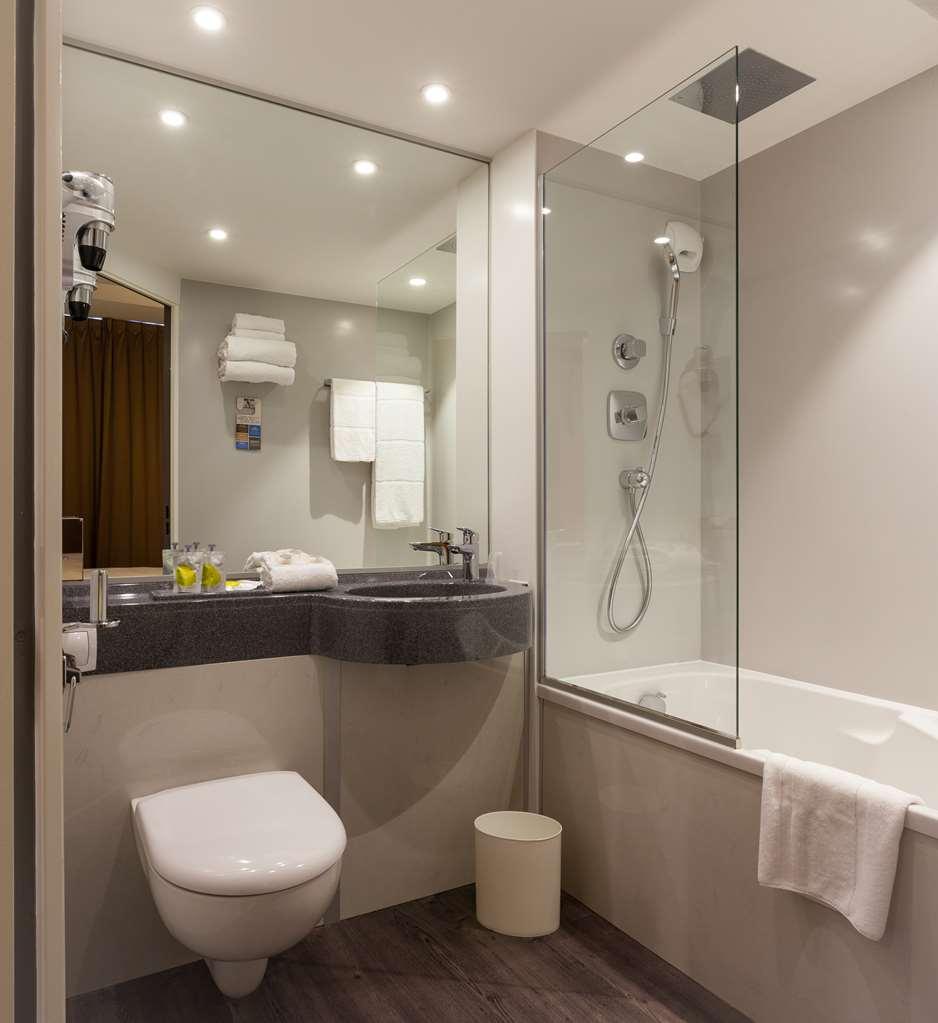 Hotel Kyriad Salle De Bain ~ trovalia kyriad rennes centre