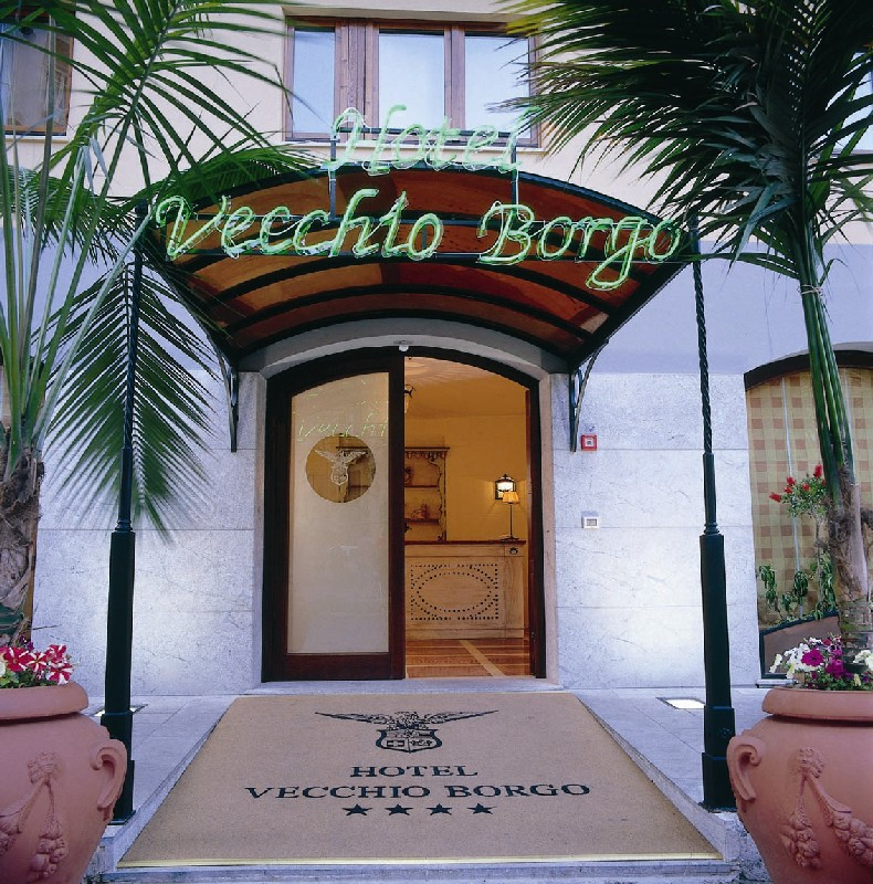 http://www.hotelresb2b.com/images/hoteles/72983_fotpe1_entrada.jpg