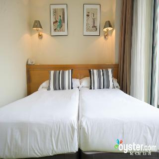 ZARAGOZA PLAZA HOTEL - Hotel cerca del Estadio de Anoeta