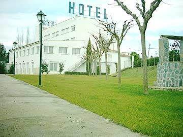 VILOBI - Hotel cerca del Aeropuerto de Gerona - Costa Brava