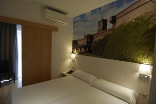 TRANSIT - Hotel cerca del Camp Nou