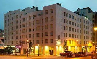 SILKEN VILLA DE AVILES - Hotel cerca del Aeropuerto de Asturias