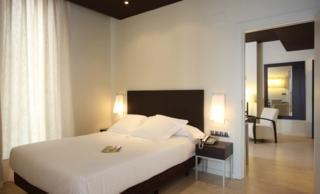 BOULEVARD VITORIA-GASTEIZ - Hotel cerca del Aeropuerto de Vitoria Foronda