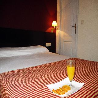 MARINA - Hotel cerca del Estadio Nuevo Colombino