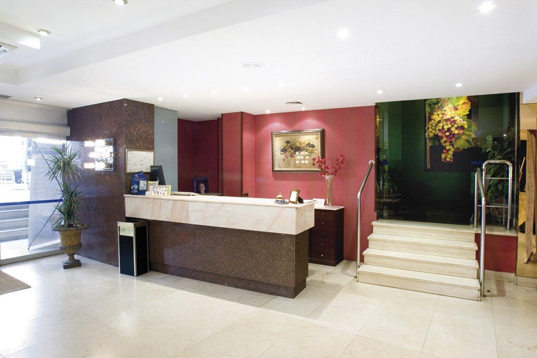 LOS BRACOS - Hotel cerca del Aeropuerto de Logroño - Agoncillo