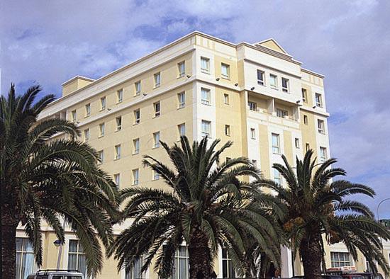 TRYP MELILLA PUERTO - Hotel cerca del Aeropuerto de Melilla