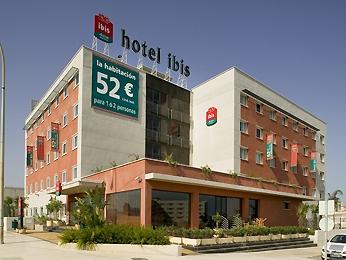 IBIS MALAGA AVENIDA VELAZQUEZ - Hotel cerca del Palacio de Deportes Martín Carpena
