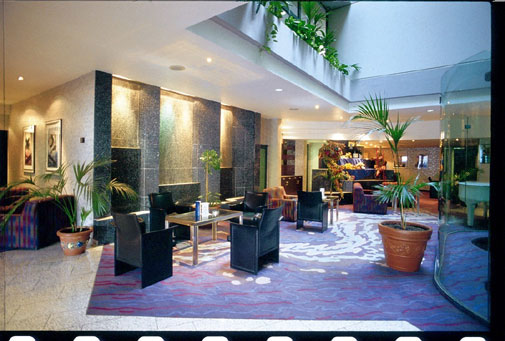 http://www.hotelresb2b.com/images/hoteles/7583_foto1_MESSE4.jpg