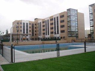 APARTHOTEL COMPOSTELA SUITES - Hotel cerca del Estadio de la Peineta