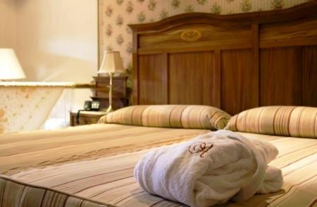Hotel Taberna Del Alabardero - Sevilla