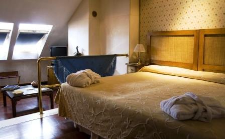 Hotel Taberna Del Alabardero - Sevilla thumb-3