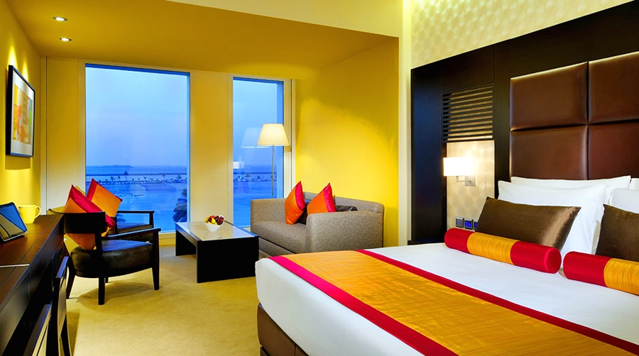 Hotels dubai hotusa hotels in dubai for Hues boutique hotel dubai united arab emirates