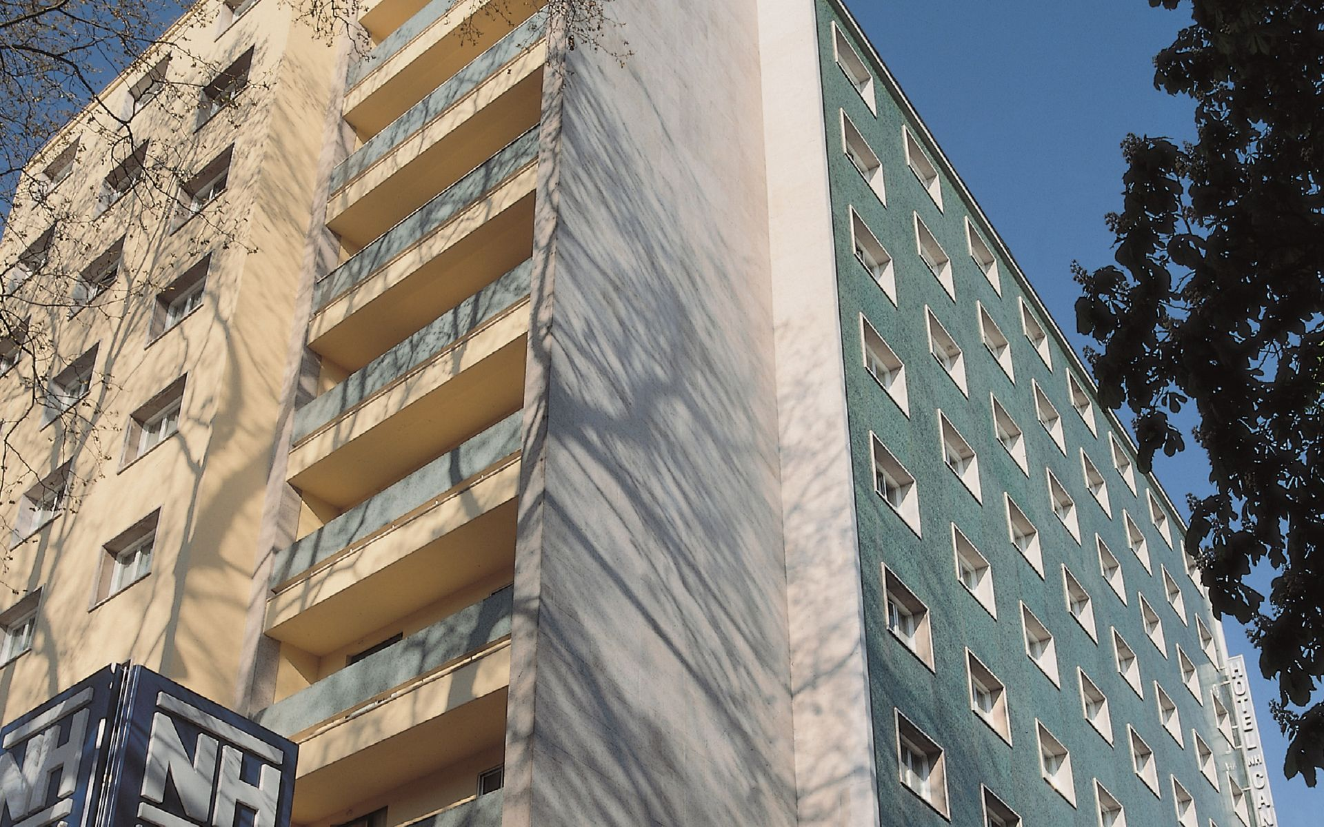 NH CANCILLER AYALA VITORIA - Hotel cerca del Aeropuerto de Vitoria Foronda
