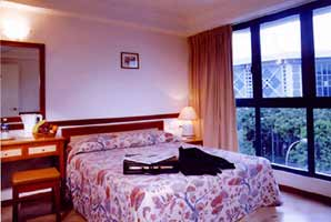 http://www.hotelresb2b.com/images/hoteles/77619_fotpe1_inroom-facilities.jpg