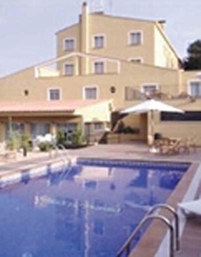 COSTABELLA - Hotel cerca del Casa-Museo Castillo Gala Dalí