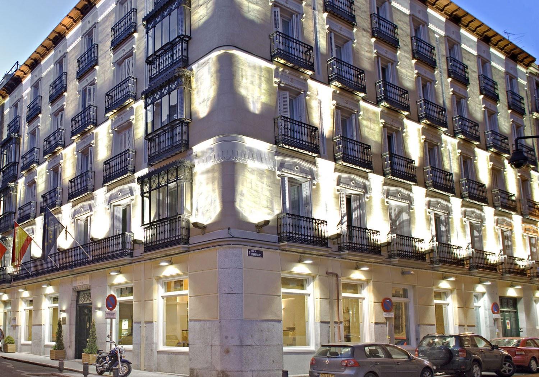 Barrio De Chueca En Madrid. Simple Calle Hortaleza Barrio Chueca ...