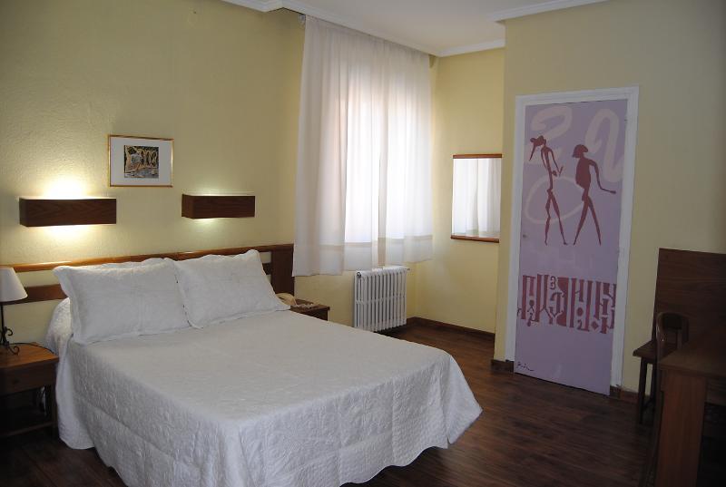 HOTEL PEDRO TORRES - CUENCA - Hotel cerca del Ciudad Encantada