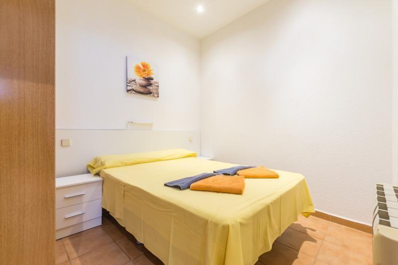 MADRID - VISTA ALEGRE (APT. 402973) - Hotel cerca del Hospital Gómez Ulla (Carabanchel)