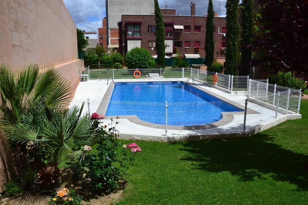 MADRID - SAN ISIDRO (APT. 560544) - Hotel cerca del Hospital Gómez Ulla (Carabanchel)