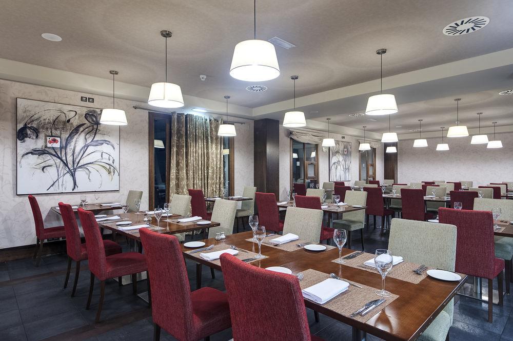 HOTEL GOLF & SPA REAL BADAGUÁS-JACA - Hotel cerca del Club de Golf de Jaca