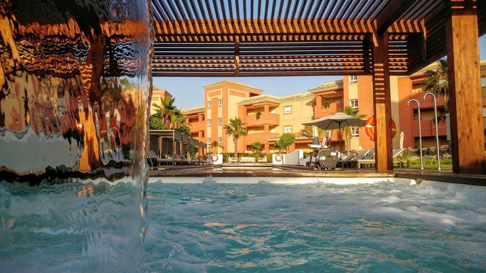 AMA ISLANTILLA RESORT - Hotel cerca del Parque Acuático Cartaya