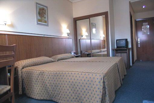 CIUDAD DE COMPOSTELA - Hotel cerca del Aeropuerto de Santiago de Compostela Lavacolla