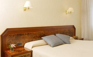 HESPERIA GELMIREZ - Hotel cerca del Aeropuerto de Santiago de Compostela Lavacolla