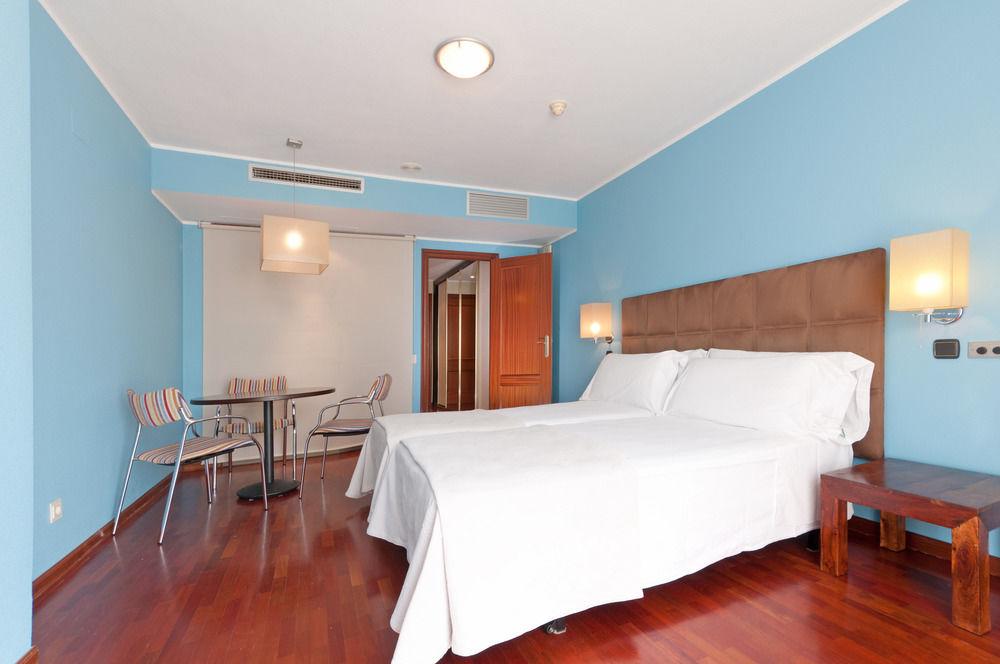 TRYP VALLADOLID SOFIA PARQUESOL HOTEL - Hotel cerca del Club de campo La Galera