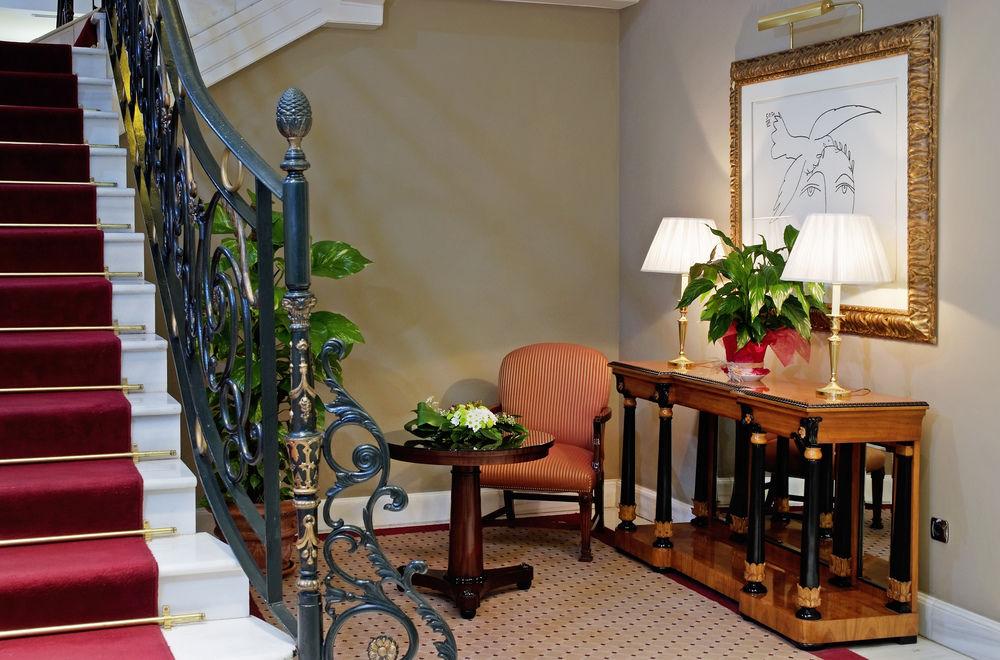 MELIA RECOLETOS BOUTIQUE HOTEL - Hotel cerca del Club de campo La Galera