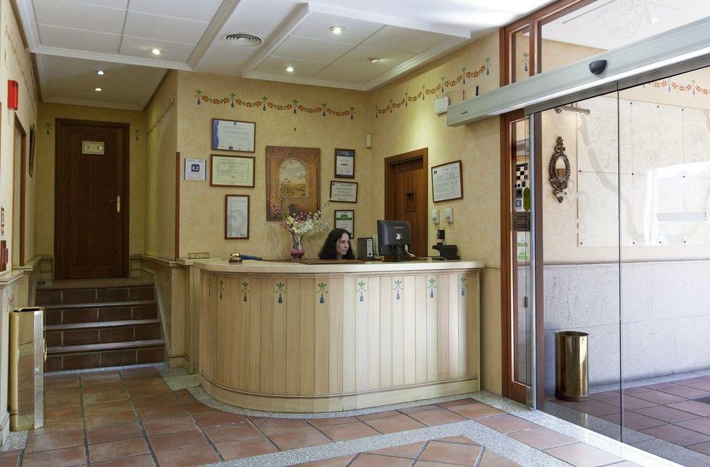 CASONA DE LA REYNA - Hotel cerca del Club de Golf Pablo Hernández