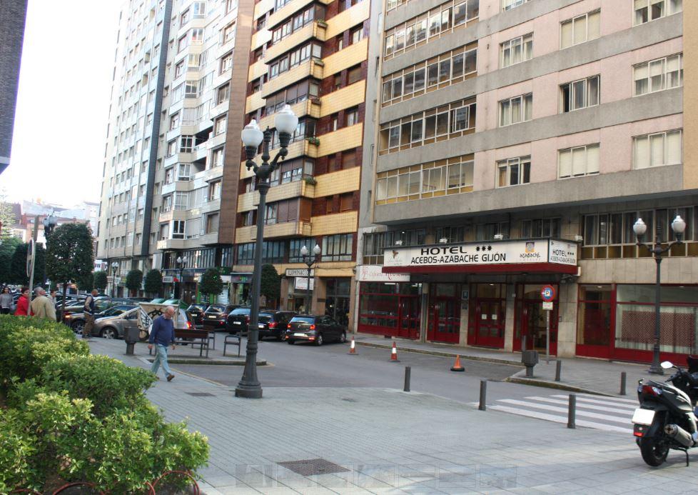 ACEBOS AZABACHE GIJON - Hotel cerca del Estadio El Molinón