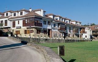 LOS HIDALGOS - Hotel cerca del Cueva de Altamira