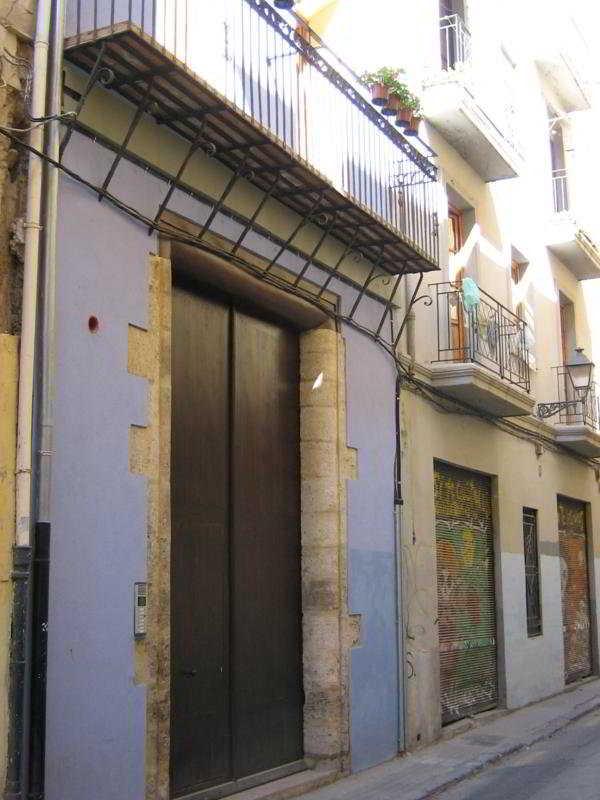 BLUE MOON APARTMENTS - Hotel cerca del Instituto Valenciano de Arte Moderno