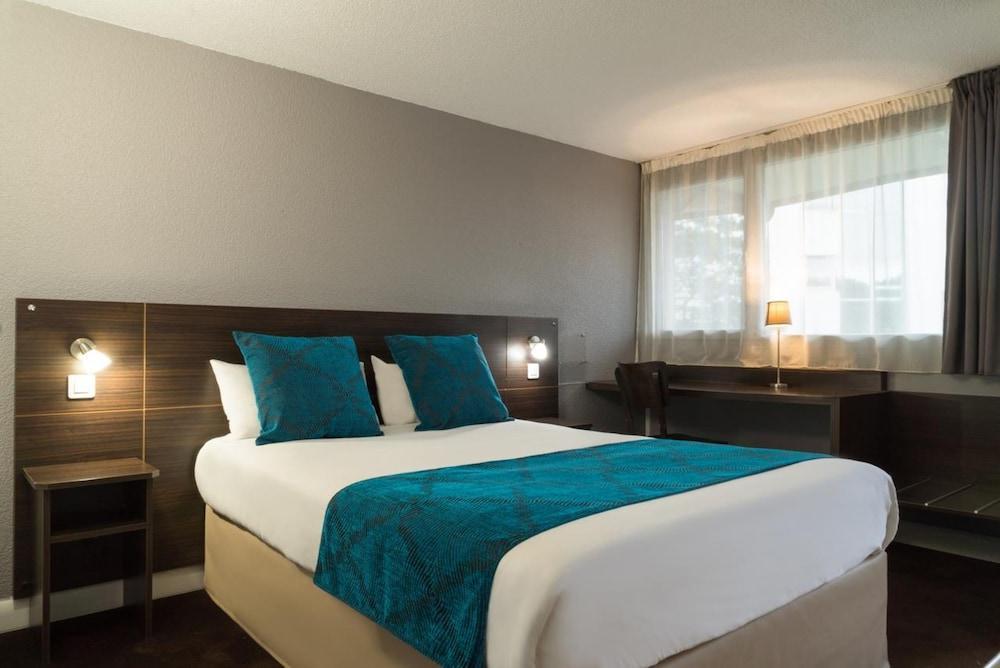 Hotel The Originals Biarritz Aeroport Amarys