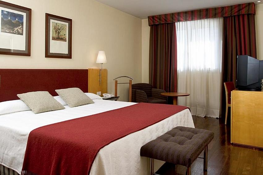 NH CIUTAT DE REUS - Hotel cerca del Aeropuerto de Reus