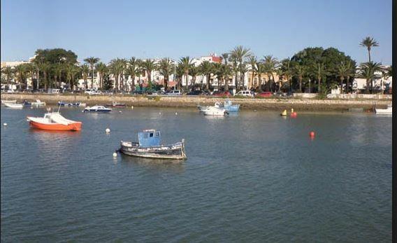 LOVELY APARTMENT LOCATED IN EL PUERTO DE SANTA MARIA FOR 4 GUESTS. - Hotel cerca del Playa Fuentebravía