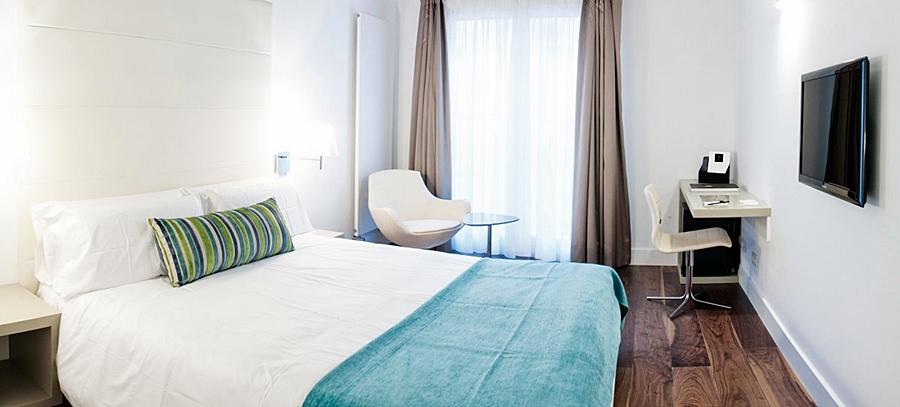 DOMUS SELECTA HOTEL CALLE MAYOR - Hotel cerca del Aeropuerto de Logroño - Agoncillo