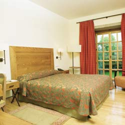 http://www.hotelresb2b.com/images/hoteles/fp1-rs-005332.jpg