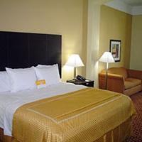 Hotel La Quinta Inn & Suites Canton, Canton