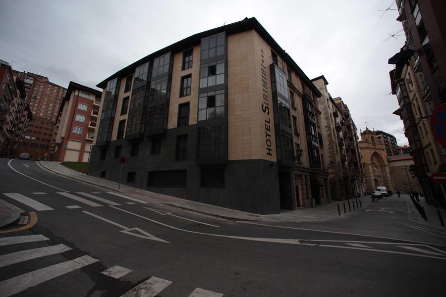 Sirimiri en bilbao desde 1 209 trabber hoteles for Hoteles familiares en bilbao