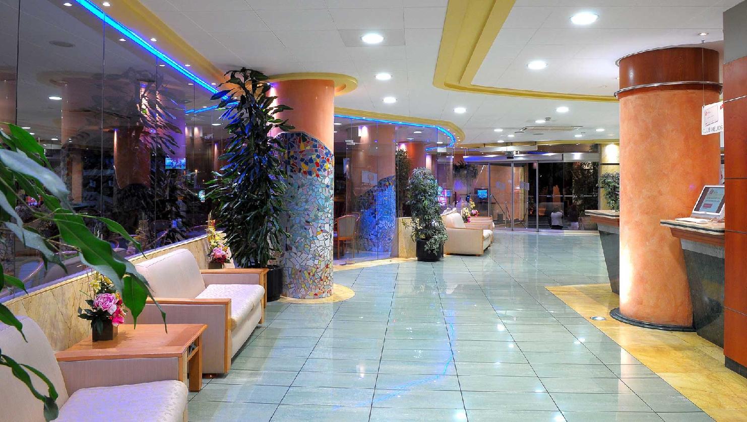 Hotel Helios Lloret En Lloret De Mar Desde 49 Trabber