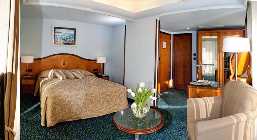 Photo - Hotel More