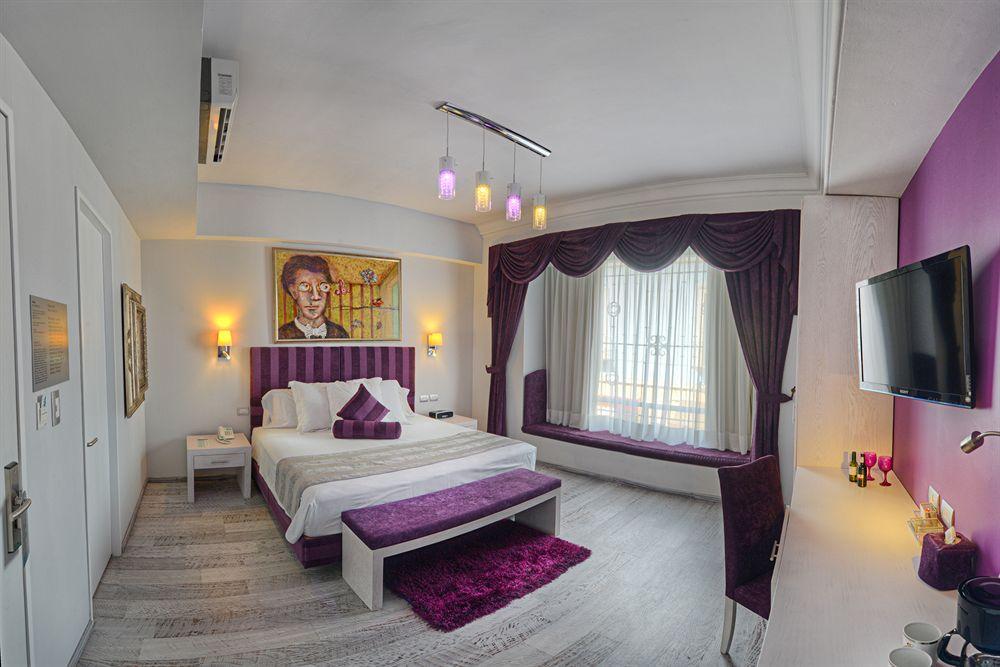 Vista del interior de una habitación en el hotel Andante